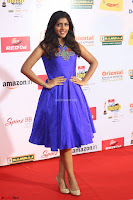 Eesha in Cute Blue Sleevelss Short Frock at Mirchi Music Awards South 2017 ~  Exclusive Celebrities Galleries 067.JPG
