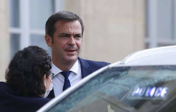 Covid-19 : Olivier Véran annonce « quelque 3.000 suspensions » de personnels non vaccinés