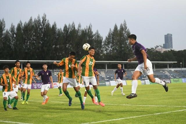 """ฟุตบอล BMA U17 ประเดิมสนาม """"ชลบุรี อัดกทม. 1-0 เทพสิรินทร์ เฉือน กท.คริสเตียน 2-1"""" ทีมดังร่วมโม่คับคั่ง"""