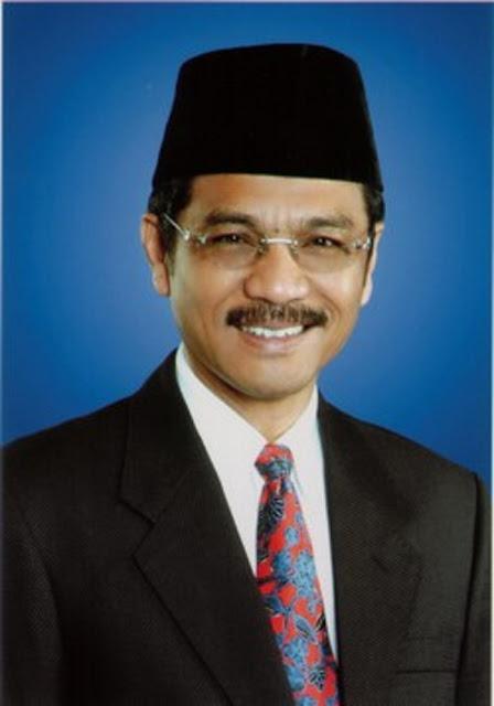 LUAR BIASA.. Tulisan Gamawan Fauzi Untuk Ade Armando