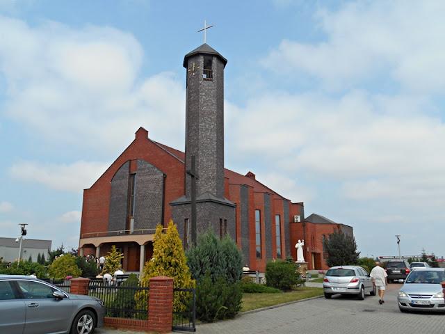 nowe kościoły, Wolsztyn, wierni, religia, piosenka