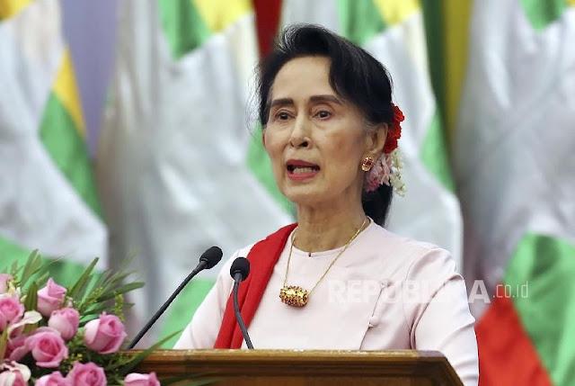 Kanada Copot Kewarganegaraan Kehormatan Aung San Suu Kyi