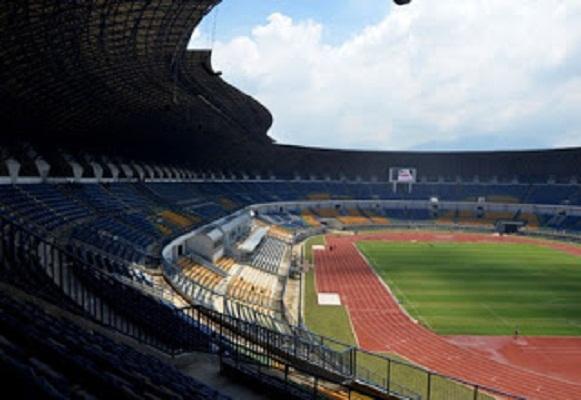 Stadion GBLA Terlihat Megah, Tapi Kontruksi Bangunan Mengalami Amblas