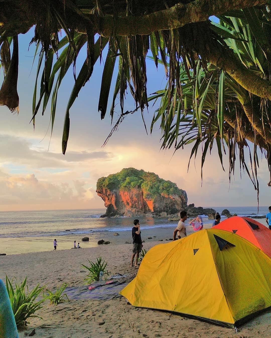 Artikel tentang Pantai Jungwok