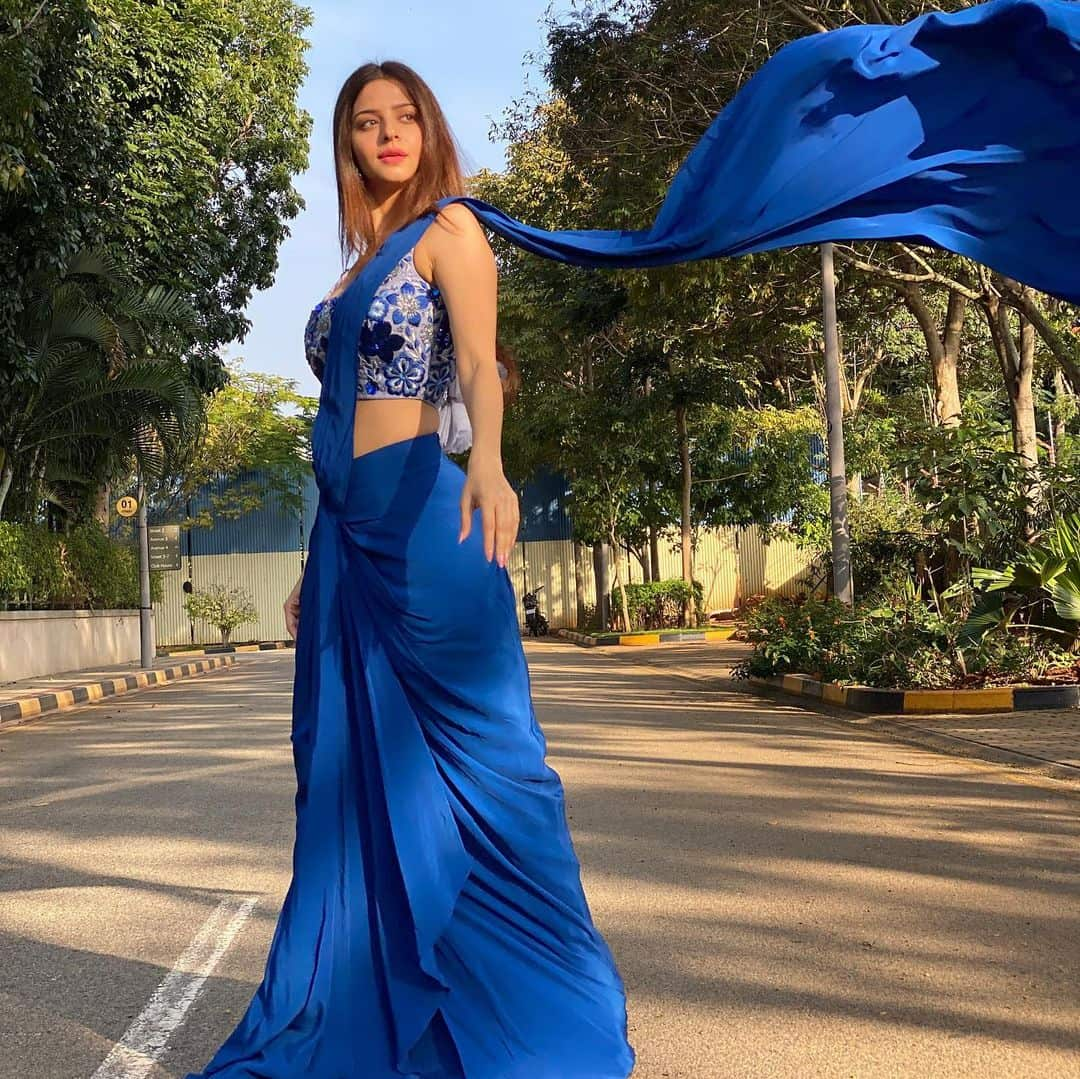 Actress Vedhika Latest Photos in Blue Saree