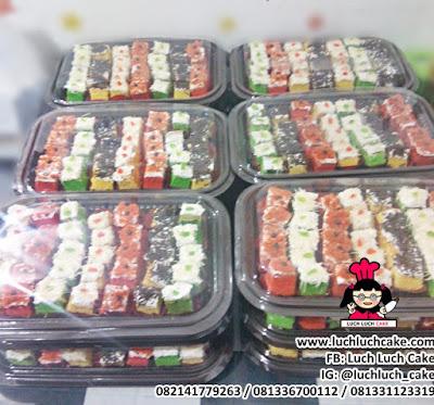 Hantaran Pernikah Kue Cake Mini