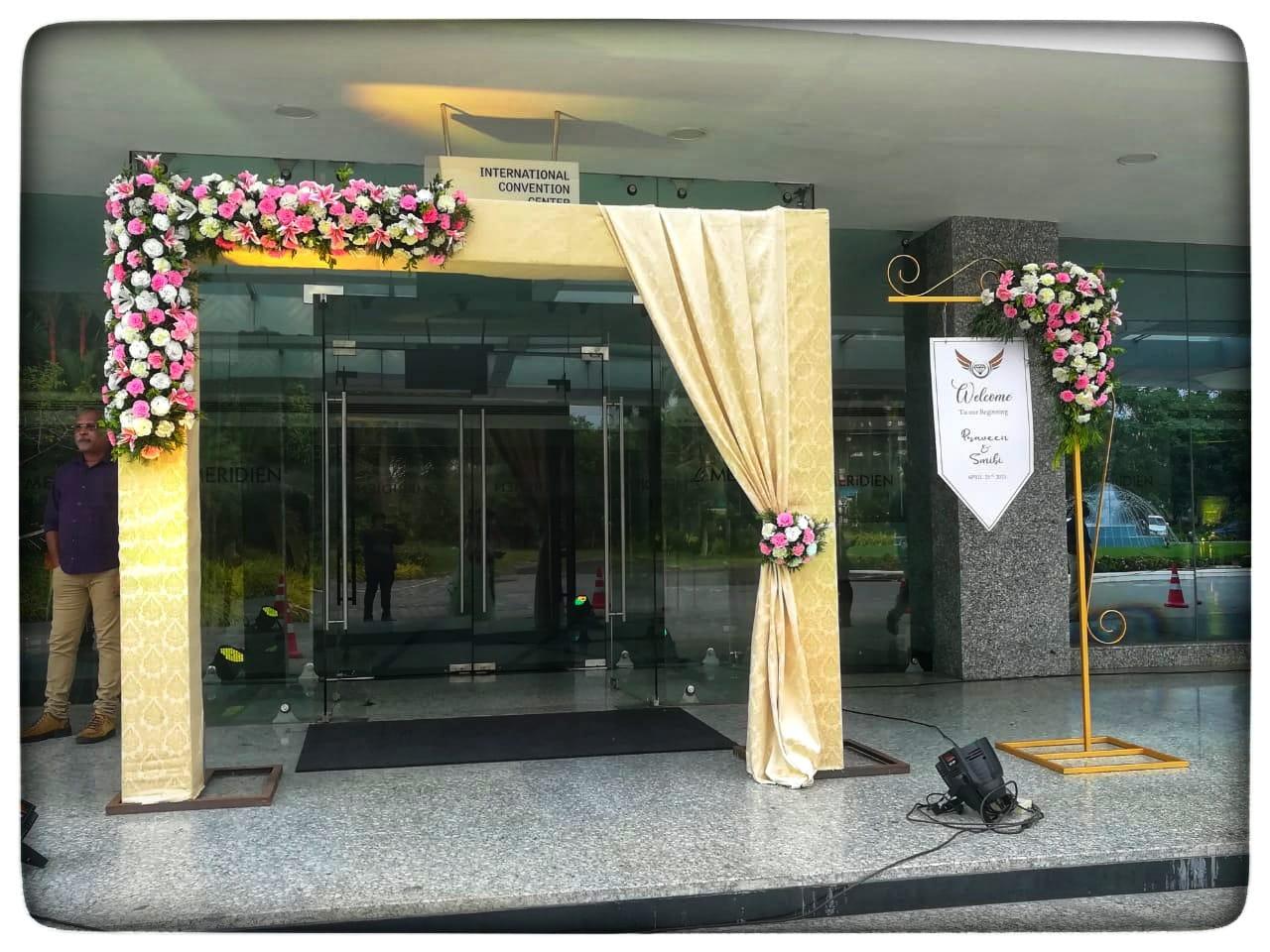 Cream Color Wedding Entrance Arch and Wedding Name Board