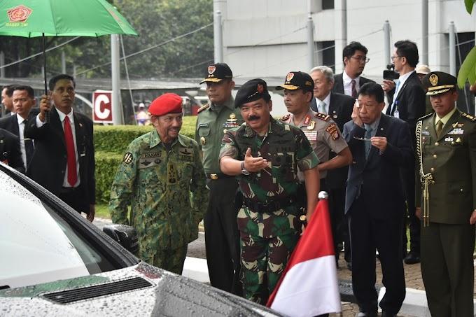 Presiden RI Menerima Kunjungan Kehormatan Sultan Brunei Darussalam di Mabes TNI