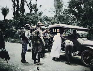 polisi-militer-dalam-perjalanan-di-dolok-merangir