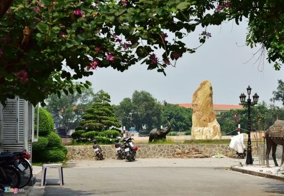 Biệt thự ở Thảo Điền bịt kín lối ra bờ sông Sài Gòn ảnh 14