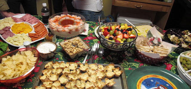 http://1.bp.blogspot.com/-SXUAlQY2GSM/UNEMfUkfivI/AAAAAAAAQDU/bSXdy4uBryM/s640/Christmas+Party+2012+003.JPG