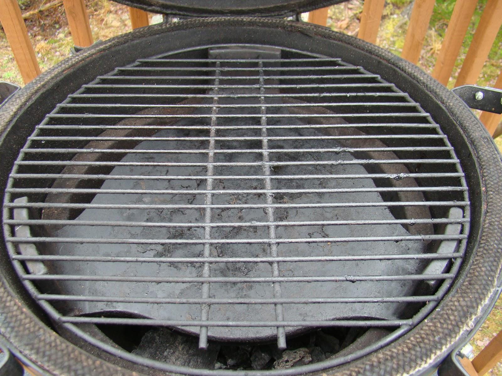 Hrm Creative Bbq Kamado Joe Heat Deflector Vs Big Green