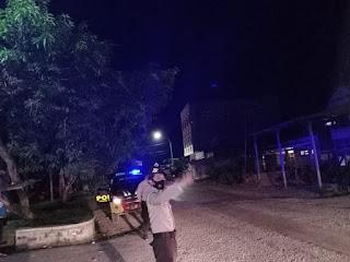 Untuk Menjaga Situasi Kamtibmas Personil Polsek Cendana Polres Enrekang Galakan Patroli Blue Light