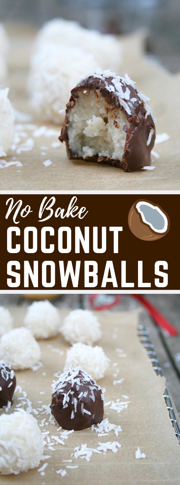 NO BAKE COCONUT SNOWBALLS (GF) #Dessert #Christmas