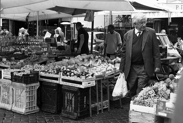 Farmers Market in Rome Italy