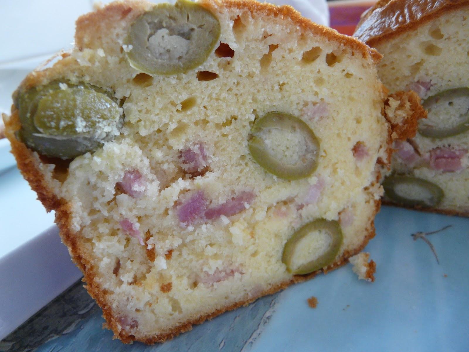 Cake Olives Vin Blanc Lardons