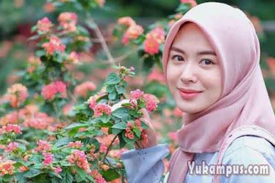 contoh kata promosi iklan jilbab dan kerudung