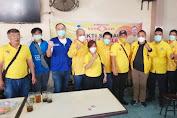 Jelang Imlek, Partai Golkar Sumut dan Komunitas SATU HATI Bagi Paket Sembako