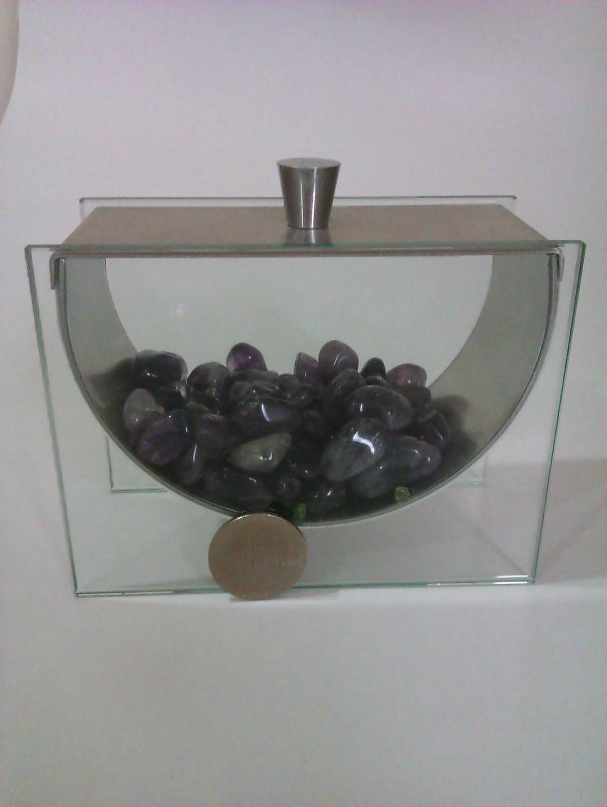 以物可易物: 水晶碎石類-粉晶,飛比價格讓您輕鬆比價,招財,灰月亮石,隸屬臺灣最大的電子商務集團PChome網路家庭(8044-tw)旗下,古希臘人佩戴紫水晶並且使用紫水晶製造酒器。 它是水晶的一種,紫水晶