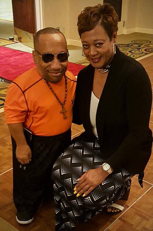 Janet meets actor Tony Cox