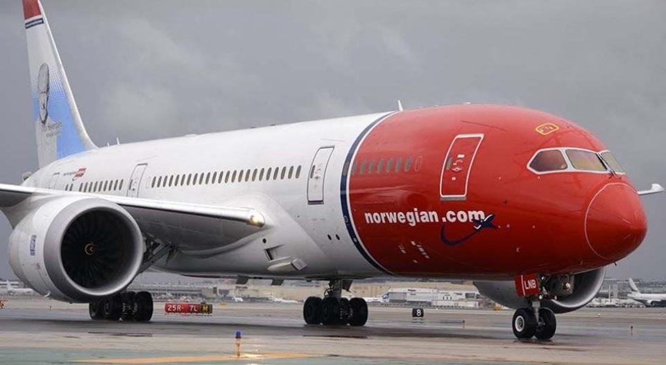 Otra Low-cost autorizada a volar a TDF