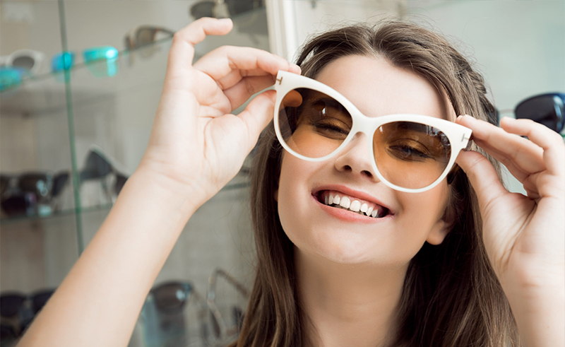 What Factors Should Consider to Buy Ladies Sunglasses