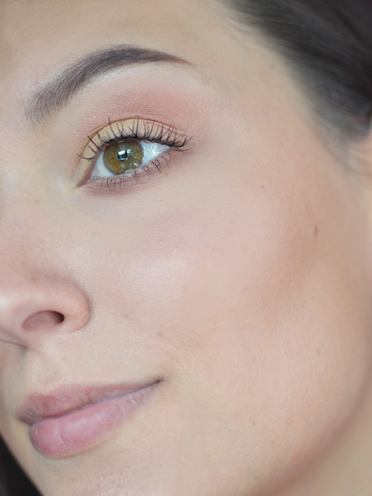 makijaż dzienny tania paleta cieni