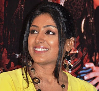 Padmapriya Janakiraman Profile Biography Family Photos and Wiki and Biodata, Body Measurements, Age, Husband, Affairs and More...