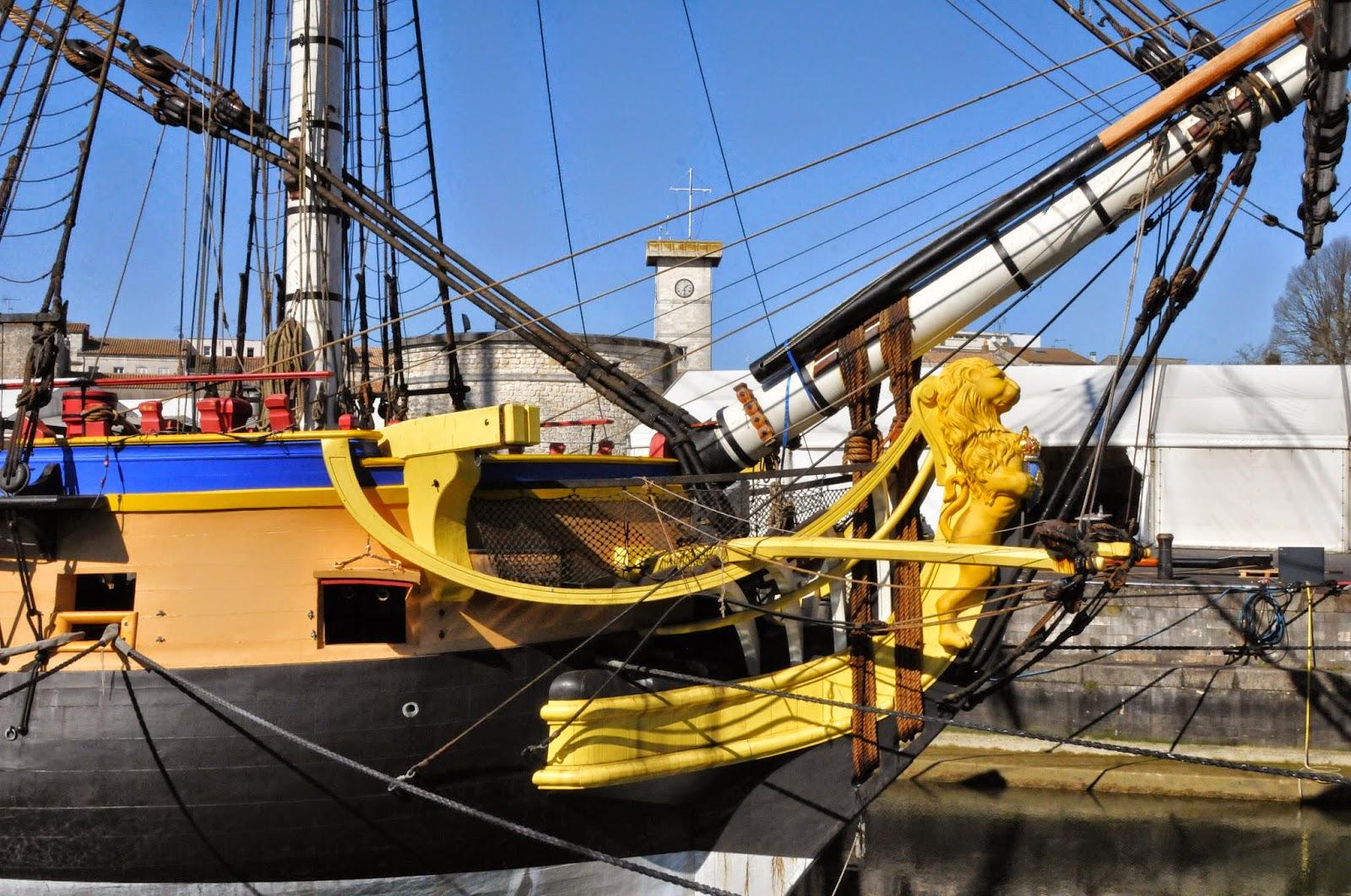 La marcophilie navale fr gate l 39 hermione 15 ans d j for Rochefort construction