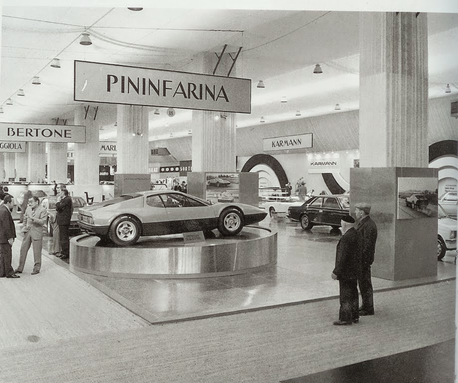 ferrari 400 pininfarina paris auto salon 1972. Black Bedroom Furniture Sets. Home Design Ideas