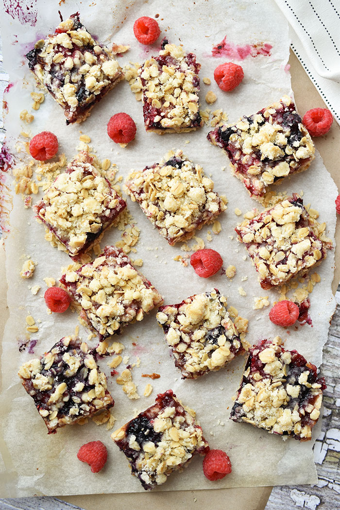 Delicious Berry Oat Jam Bars (Vegan) Recipe