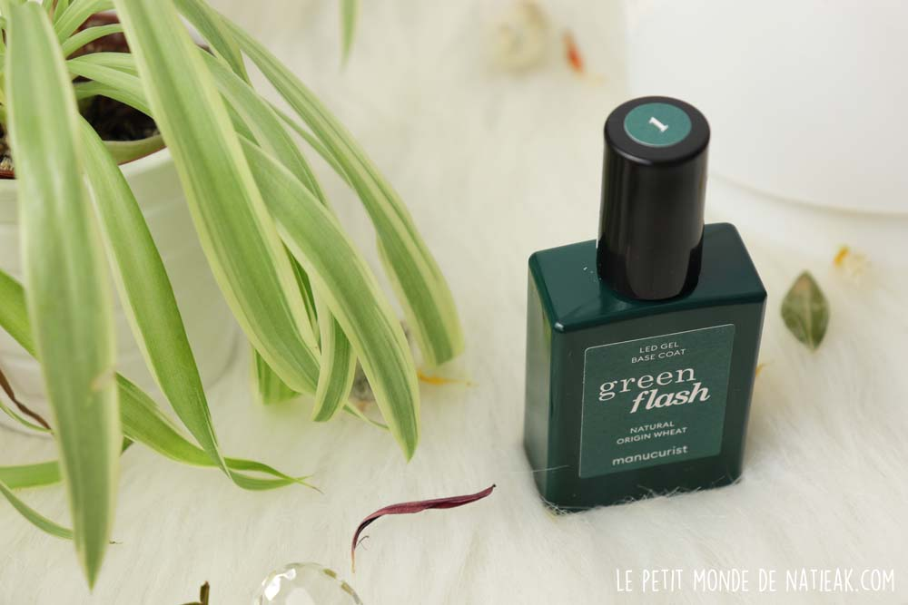 base coat Green flash Manucurist