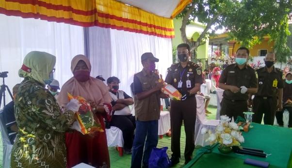 Jelang Hari Bhakti Adhyaksa ke 60, Kejaksaan Negeri Selayar Gelar Bhakti Sosial