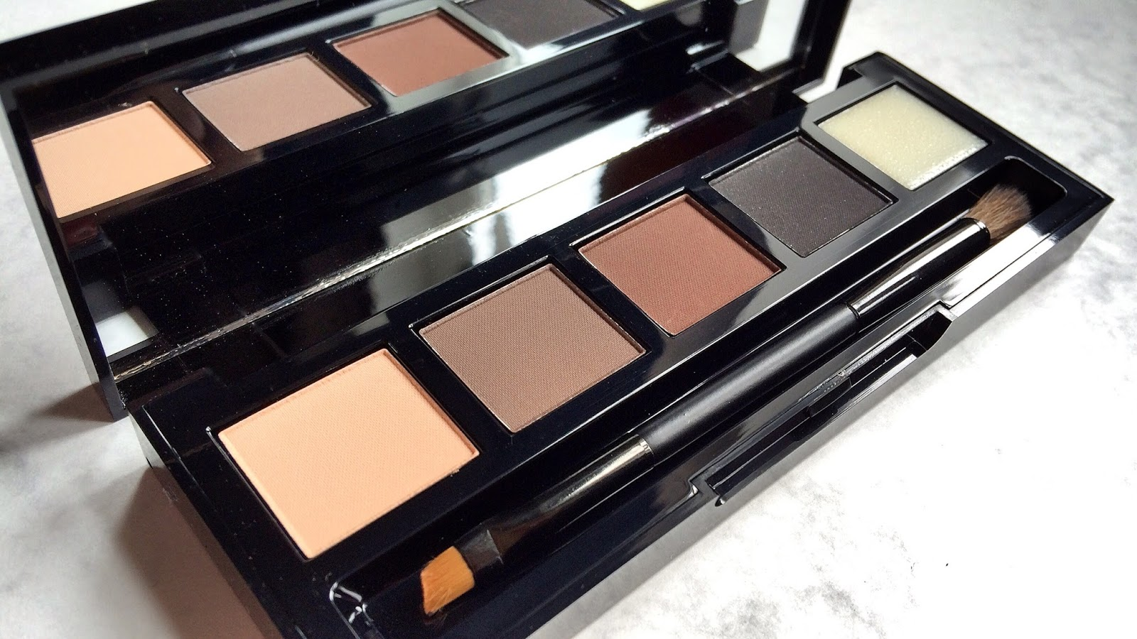HD Brows palette eyebrows