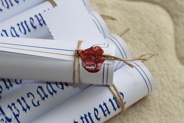 Свадебное приглашение в виде свитка