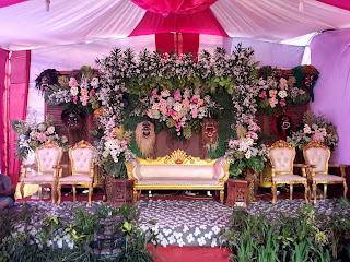 Dekorasi Jawa Klasik dengan oranamen sesuai permintaan pelanggan