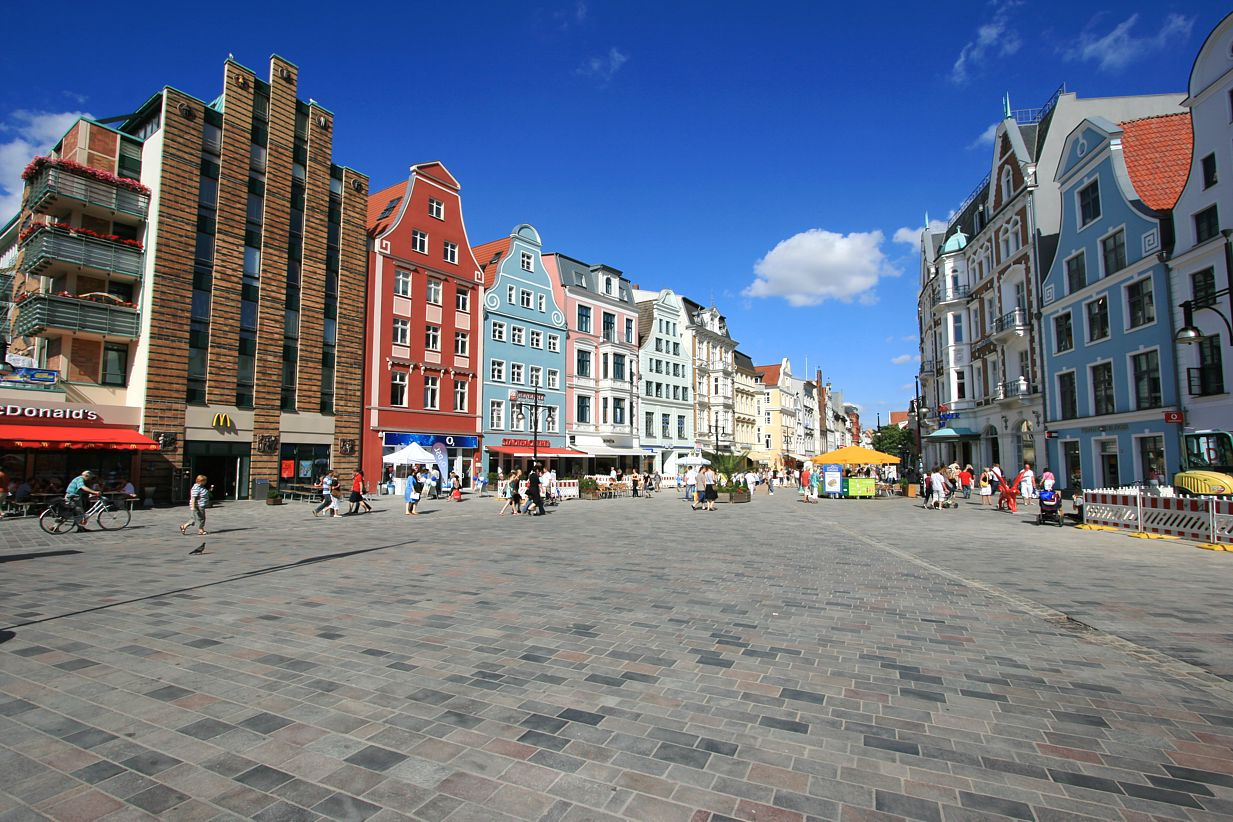 Rostock Shopping Europe In Pictures Rostock Germany