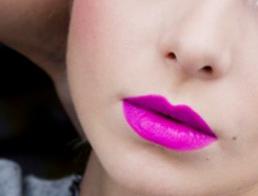 Warna Ungu Tren Makeup Yang Diramalkan Bakal Viral Di Tahun 2019