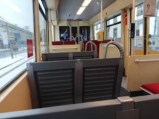 Ж/д трамвай Карлсруэ, интерьер салона
