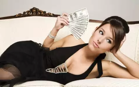 5 Permintaan Konyol Wanita Yang Mustahil Diwujudkan Pasangannya