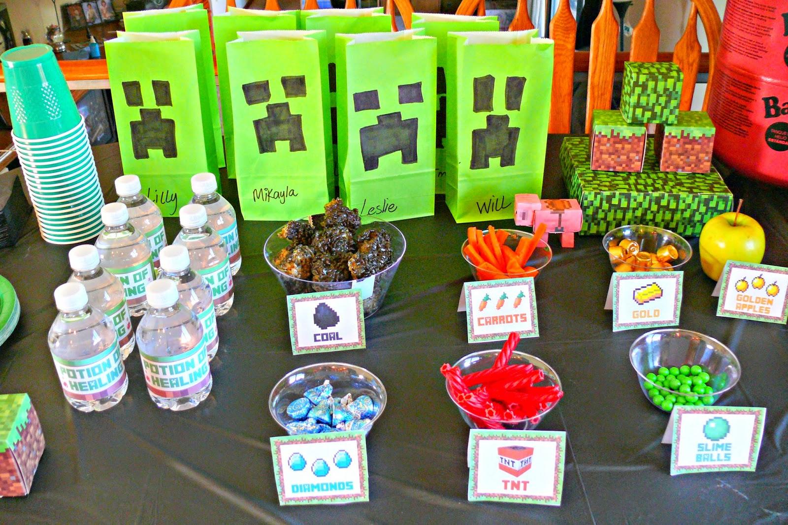Image Gallery of Minecraft Party Supplies Walmart