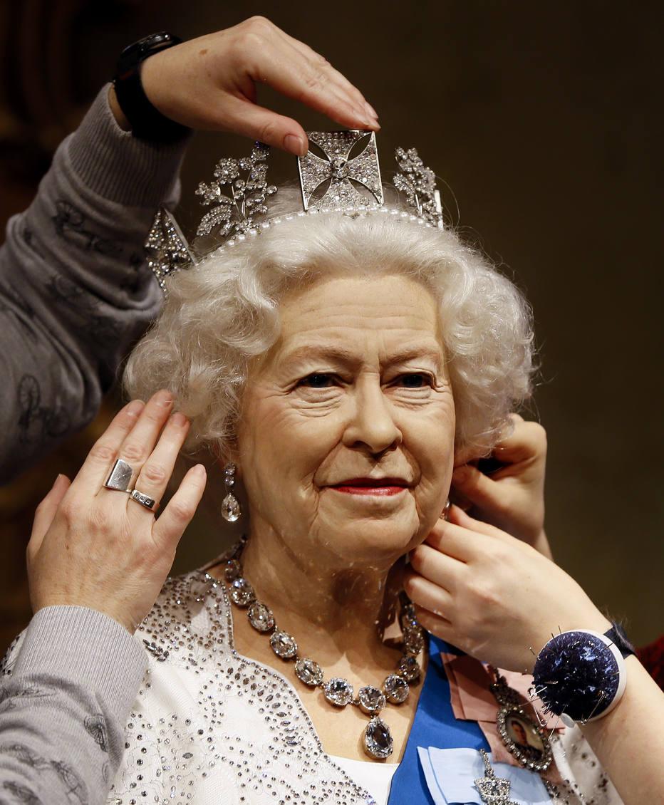 Antiguinho Rainha Elizabeth Ii A Boneca