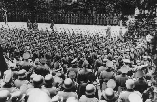 Warsaw victory parade worldwartwo.fliminspector.com