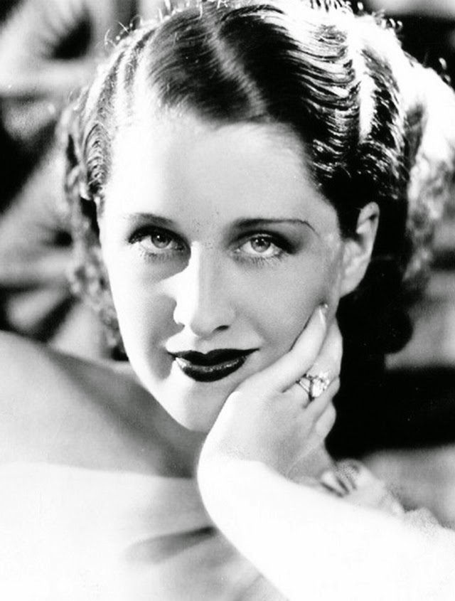 27 Beautiful Portraits Of Norma Shearer From The 1920s And