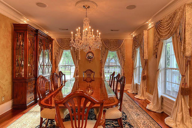 Southern Home-Dining Room-House Hunting- From My Front Porch To Yours
