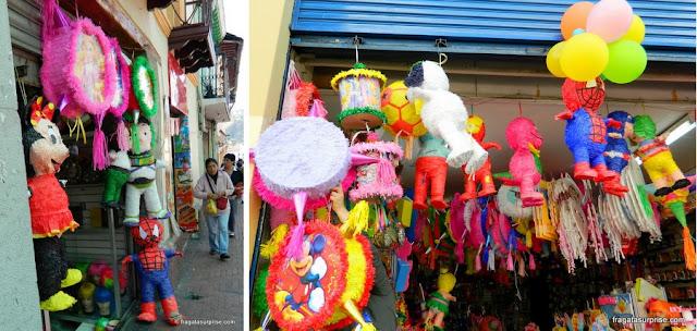 Piñatas para festas infantis, Quito, Equador
