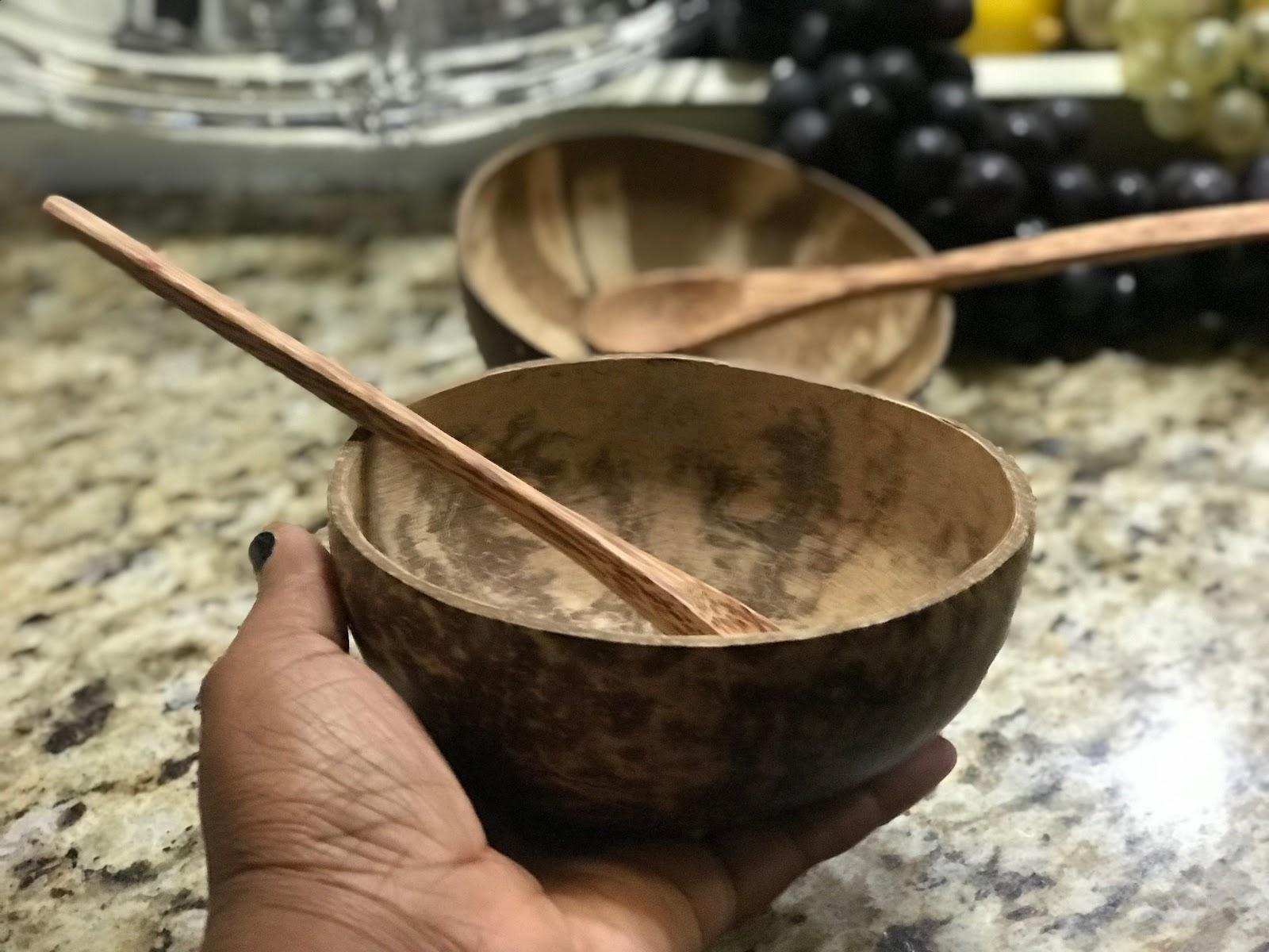 Image: Coconut bowls