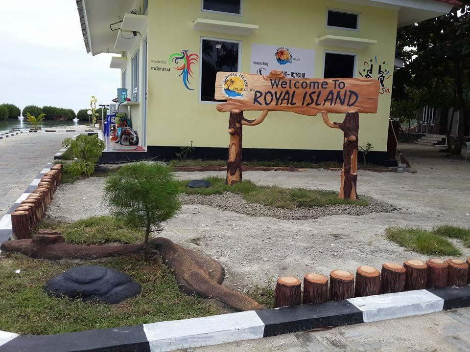 Royal Island Pulau Kelapa