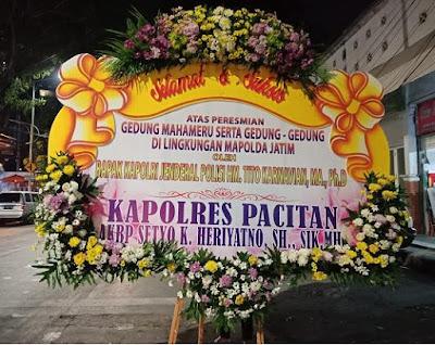 Bunga Papan Congratulation di Sidoarjo