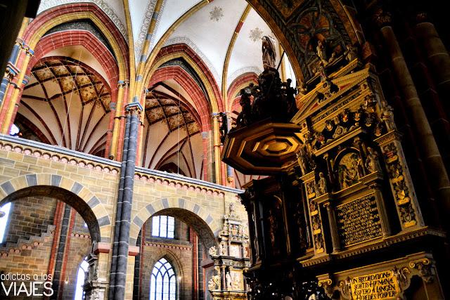 Interior del Dom de St. Petri, Bremen